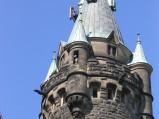 Zamek Moszna, wieża ze szkieletem