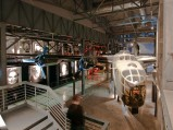 Samolot w Muzeum Powstania Warszawskiego