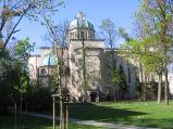 Kościół św. Józefa Oblubieńca NMP z boku