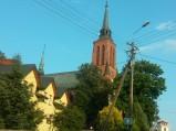 Kościół Wniebowzięcia NMP, widziany z drogi