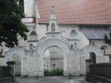 Kościół św. Mikołaja Biskupa, brama