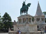 Konny posąg króla św. Stefana I w Budapeszcie.