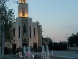 Fontanny i kościół na Placu Szembeka