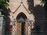 Wejście do Kościóła Narodzenia NMP
