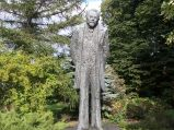 Pomnik Bolesława Prusa, przy Krakowskim Przedmieściu