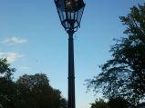 Gazowe latarnie na ulicy Agrykola w Warszawie