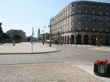 Krakowskie Przedmieście, skrzyżowanie z Karową