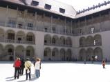 Zamek Królewski na Wawelu, dziedziniec
