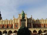 Pomnik Adama Mickiewicza na rynku w Krakowie