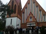 Wejście do Kościół p.w. Najświętszego Ciała i Krwi Chrystusa, Legionowo