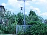 Krzyż na skrzyżowaniu w Borowie