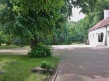 Łęczna, Zespół Dworsko-Pałacowy Podzamcze