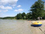 Czyściutka woda na kąpielisku i plaża, Jezioro Rotcze