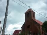 Fasada kościoła w Szemudzie