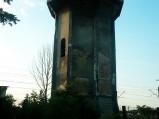 Wieża ciśnień, Krzywda