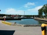 W tle Port jachtowy w Łebie