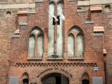 Wejście boczne do Sanktuarium w Lęborku