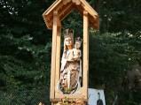 Figura Maryi na ulicy Bochotnickiej w Nałęczowie