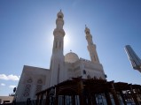 Meczet w Hurghadzie i słońce