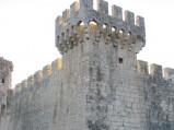 Zamek, resztki wieży narożnej