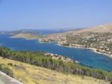 Widok ze wzgórza na zatokę w Grebasticy