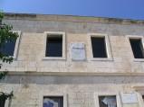 Zegar słoneczny na budynku na  Półwysepie w Primosten
