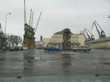 Nabrzeże Francuskie w Gdyni, w tle statek Mona Lisa