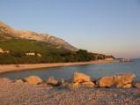 Promajnia, plaża przy cypelk, widok na zatoczkę