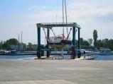 Port Jastarnia, Marine Travelift, opuszczanie jachtu