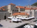 Brama Ploče, widok od strony portu