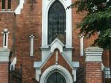 Wejście i witraż, Kościół św. Jozafata Kuncewicza