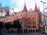 Budynek Casa de les Punxes w Barcelonie