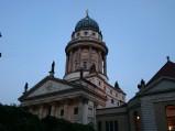 Figury na dachu Katedry Francuskiej w Berlinie