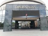 Wejście do Opera Nova w Bydgoszczy