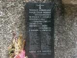 Tablica informacyjna, miejsce pamięci w Kumowej Dolinie w Chełmie