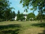 Widok z Kalwarii na kościół w Górze Kalwarii