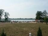 Widok na plaże, Jezioro Rotcze, Grabniak