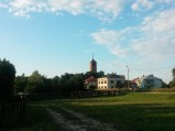 Widok na kościół Hucie Dąbrowie
