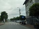 Widok na Rynek, przy Urzędzie Gminy w Jedlińsku