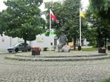 Pomnik Raka w Jedlińsku