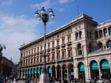 Budynek przy Placu Katedralnym w Mediolanie