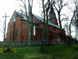 Widok na kościół w Miastkowie Kościelnym
