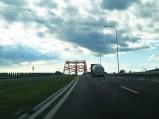 Dojazd do mostu nad kanałem w Ostródzie