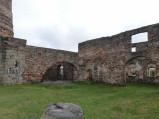 Wnętrze ruin huty Józef w Samsonowie
