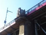Syrenka na filarze Mostu Poniatowskiego w Warszawie