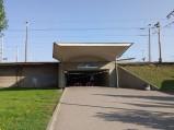 Wejście do tunelu pod peronami na stacji Warszawa Wschodnia
