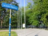 Wejście do Parku Polińskiego w Warszawie